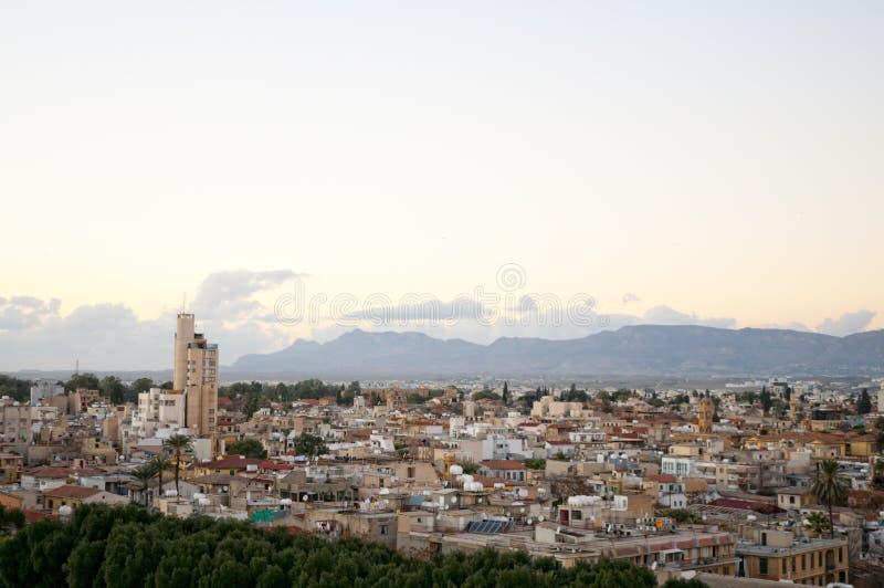 Vue courbe à la ville de Nicosia. photographie stock libre de droits