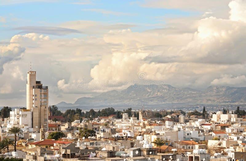 Vue courbe à la ville de Nicosia. image stock