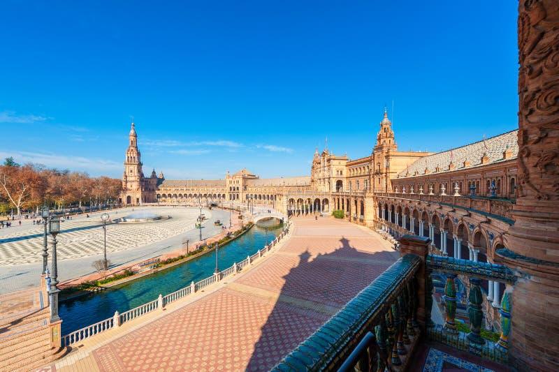Vue courbe sur Plaza de Espana Séville Espagne images libres de droits