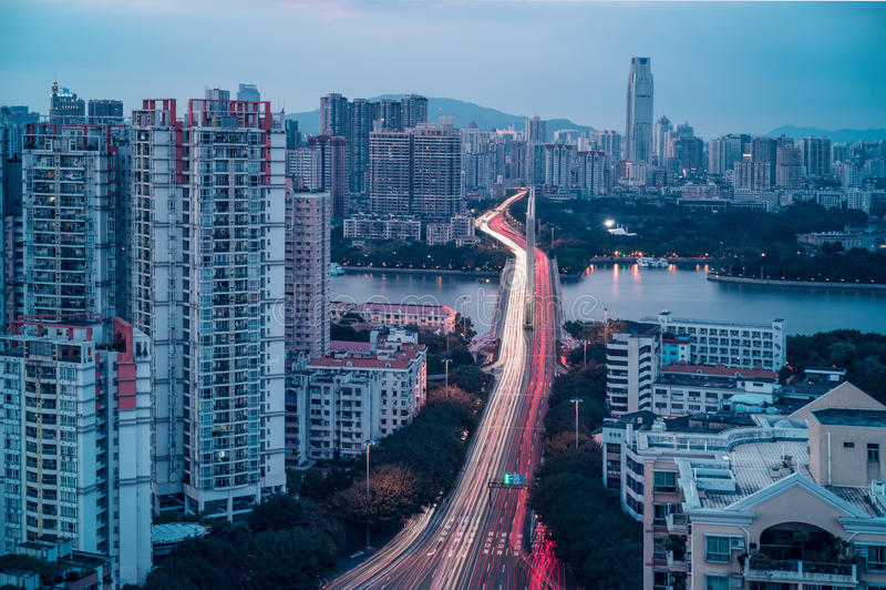 Vue crépusculaire de ville de Guangzhou photos stock