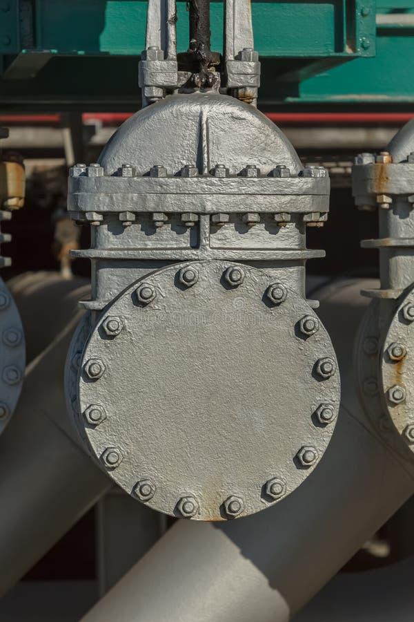 Vue détaillée des industries de valves en métal image libre de droits