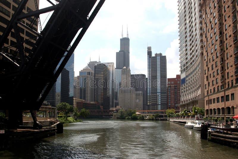 Vue d'â de Chicago de bateau de rivière photo stock