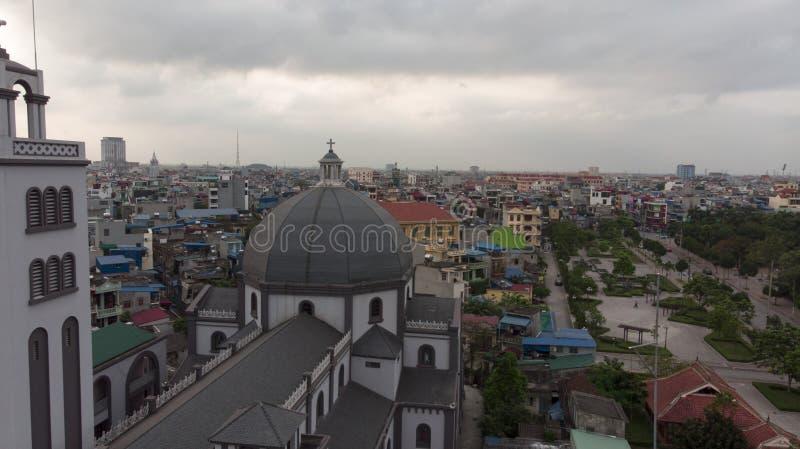 Vue d'église Bells à l'après-midi photographie stock libre de droits