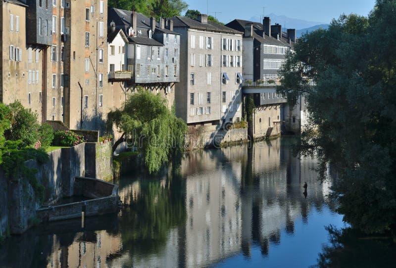Vue d'été de la ville française, Pays Basque photo libre de droits