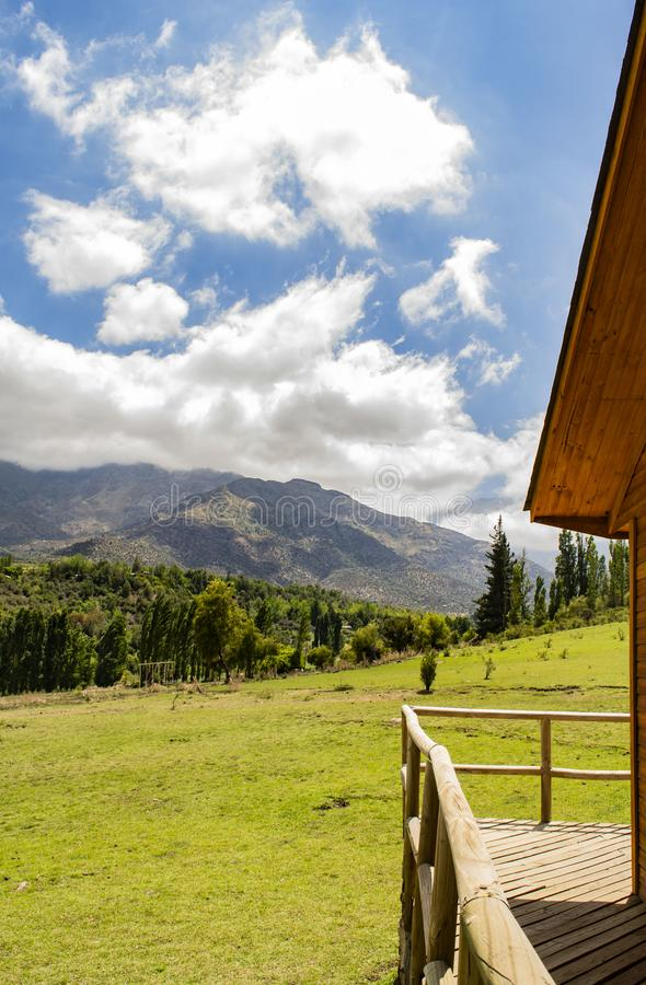 vue d'été des montagnes image stock