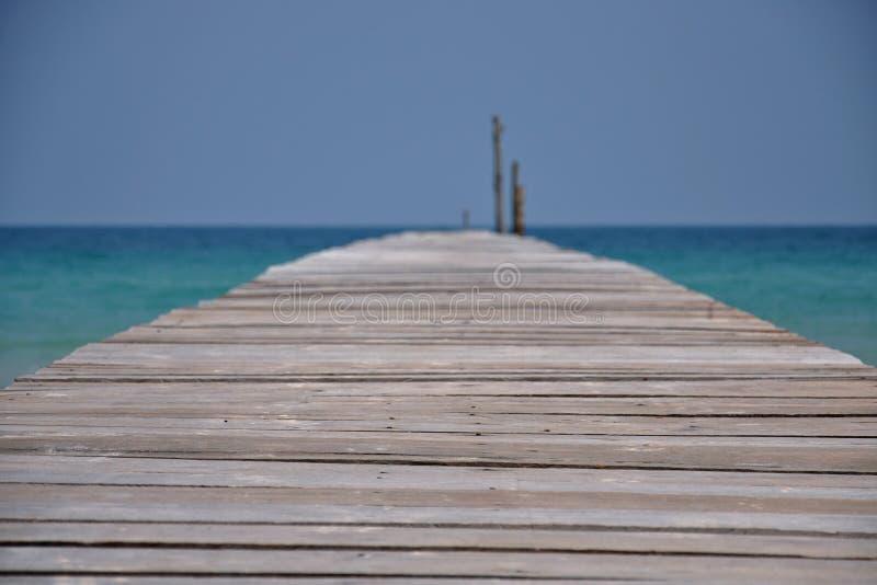 Vue d'étape d'atterrissage avec l'océan et le ciel sans fin photo libre de droits