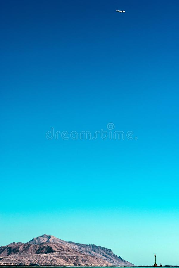 Vue d'île de Tiran de la Mer Rouge postcard photos stock