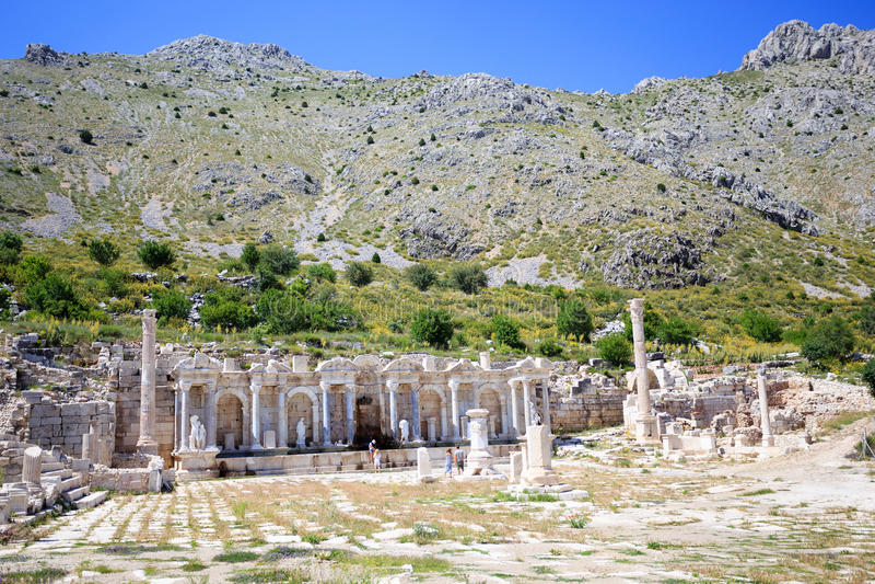 Vue d'agora à la ville antique de Sagalassos photo libre de droits