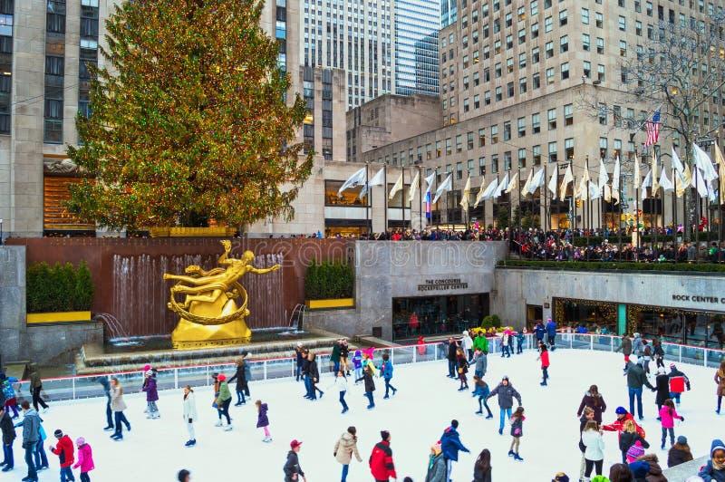 Vue d'arbre de centre de Rockefeller photos stock