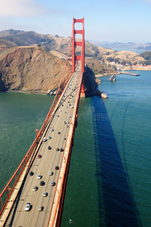 vue d'or de circulation de gatge aérien de passerelle photo libre de droits