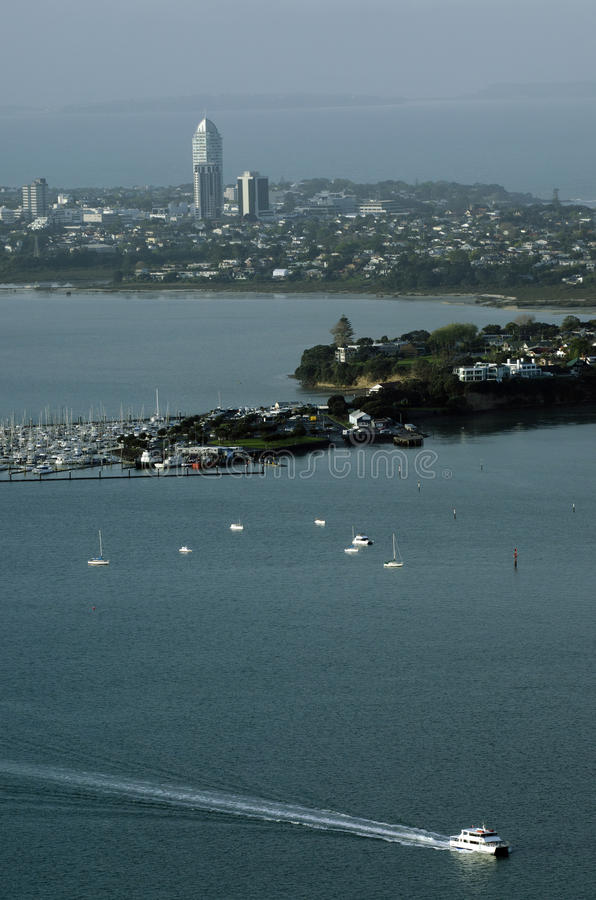 Vue d'Erial des bateaux en dehors de Takapuna Auckland NZ photo stock