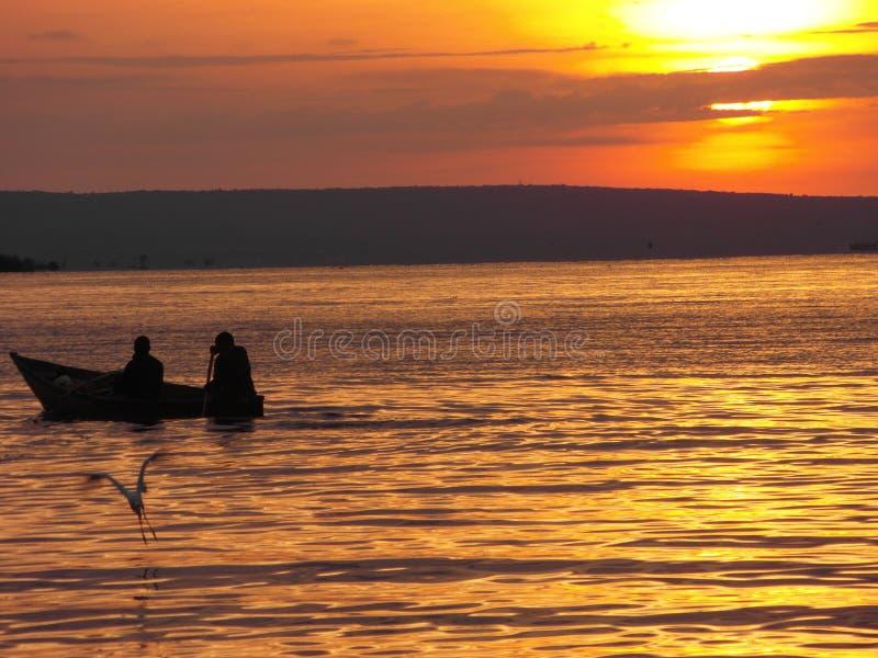 Vue d'Evining du lac Victoria photos stock