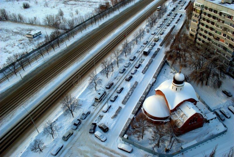 Vue d'hiver du temple en construction en l'honneur du grand martyre et du George victorieux photographie stock