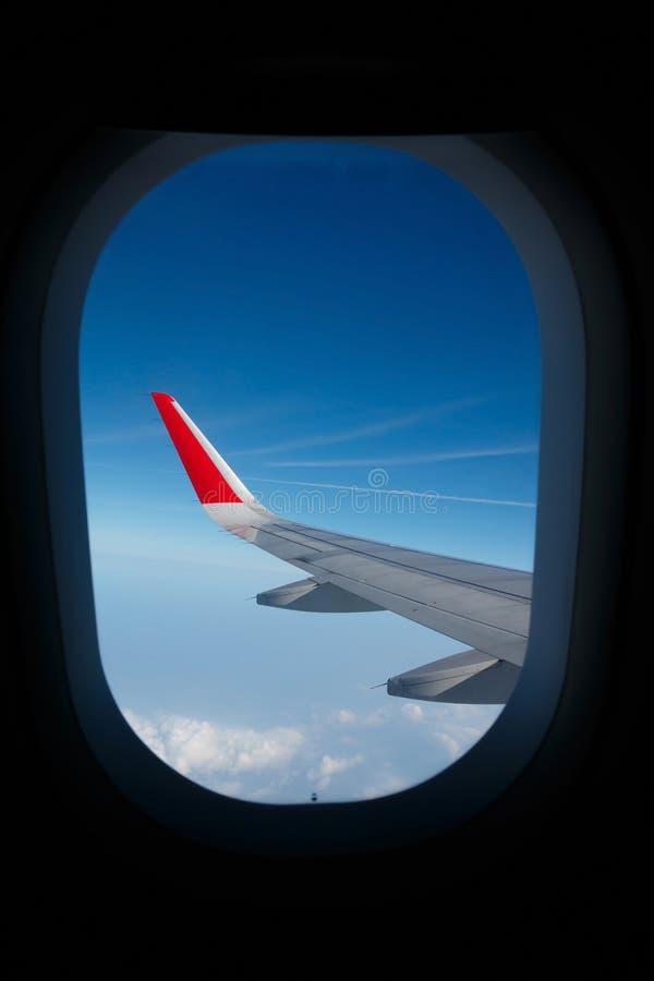 Vue d'hublot d'avion photos stock