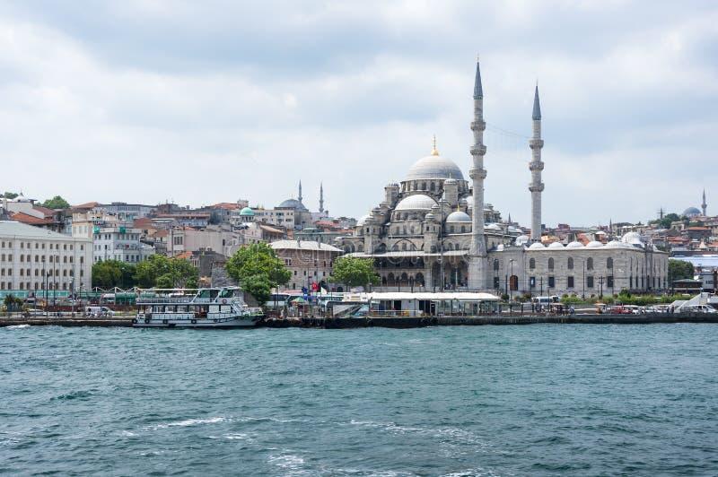 Download Vue d'Istanbul image éditorial. Image du mosquée, tourisme - 77150930