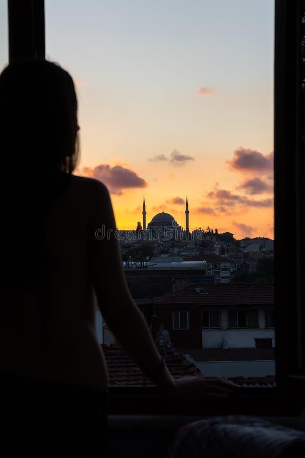 Vue d'Istanbul sur le coucher du soleil images libres de droits