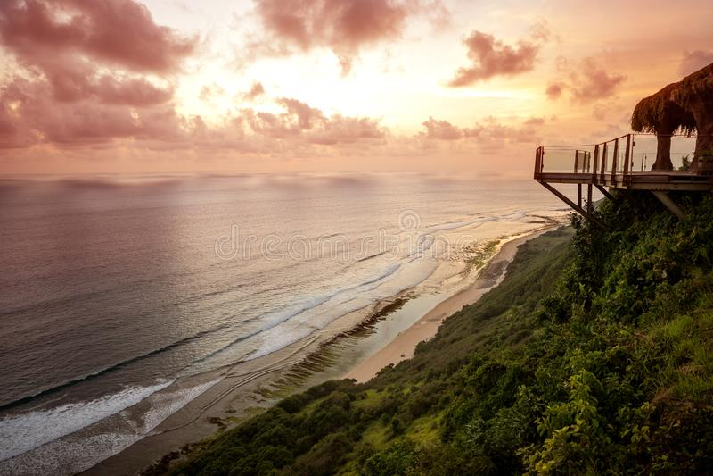Vue d'océan au coucher du soleil, île de Bali photos libres de droits