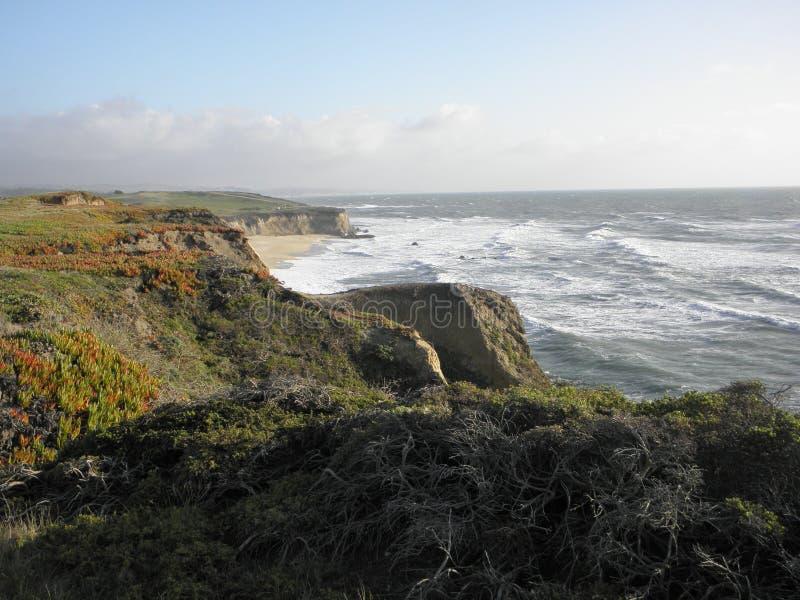 Vue d'océan de Half Moon Bay la Californie images libres de droits