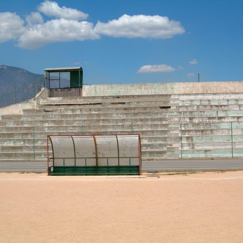 Vue d'un banc de stade photographie stock libre de droits