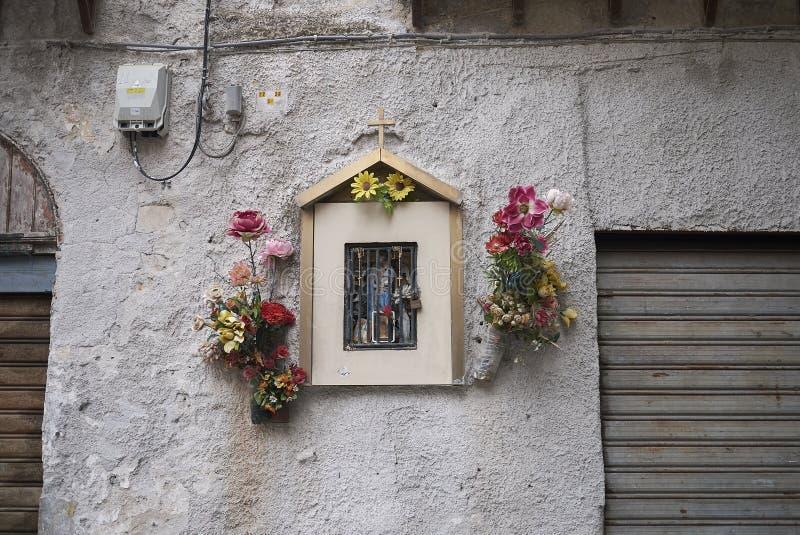 Vue d'un kiosque votif photographie stock