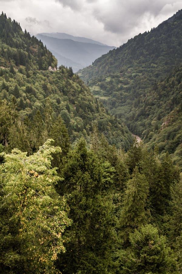 Vue d'une belle vallée de château de Zilkale image stock