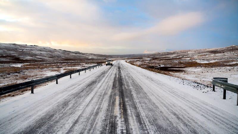 Vue d'une ceinture gelée en Islande pendant l'hiver photographie stock libre de droits