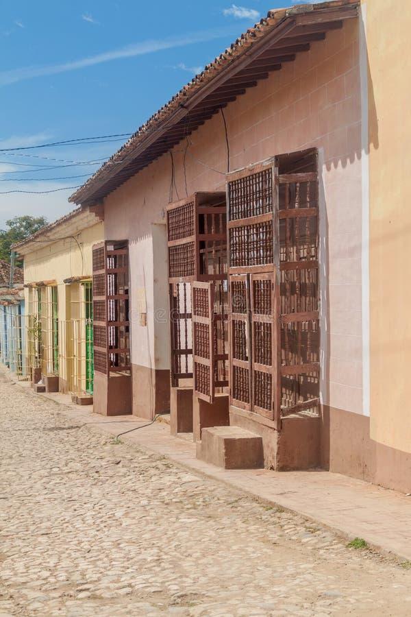Vue d'une rue pavée en cailloutis au centre du Trinidad, CUB photos libres de droits