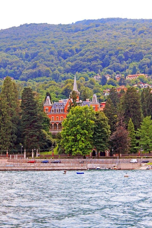 Vue de Baveno et de lac Maggiore Italie photographie stock