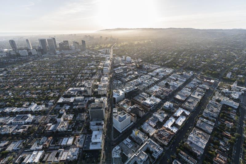 Vue de Beverly Hills Wilshire Blvd Aerial photographie stock libre de droits