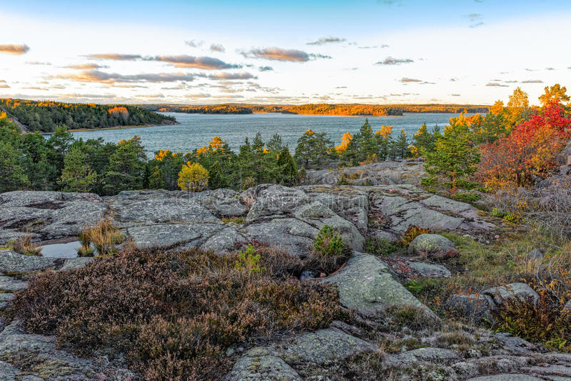 Vue de Bomarsundholmen, Aland, Finlande image stock