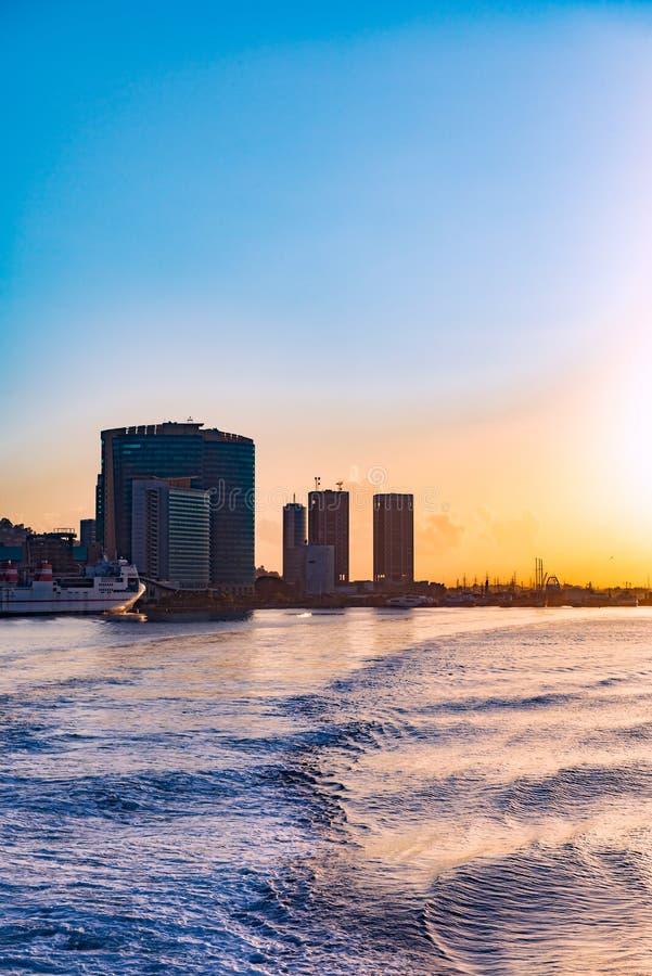 Vue de bord de mer de Port-d'Espagne Trinidad-et-Tobago de la mer images libres de droits