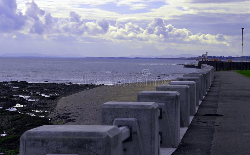 Vue de bord de mer d'Arbroath photographie stock libre de droits