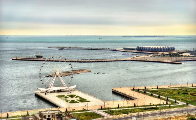 Vue de boulevard de bord de la mer de Bakou photo stock