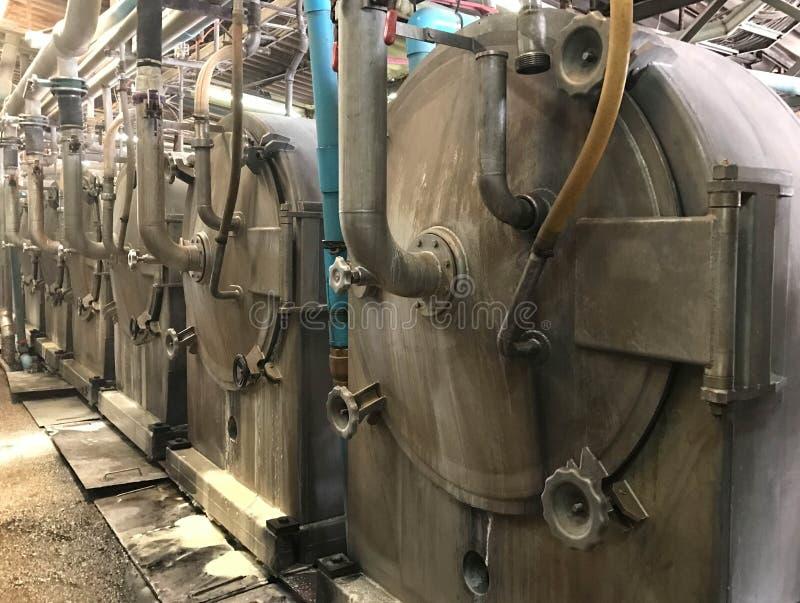 Vue de côté d'hydrocyclone à l'industrie d'amidon de manioc ou de tapioca image stock