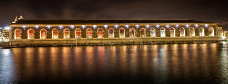 Vue de côté de centre culturel de Genève image stock