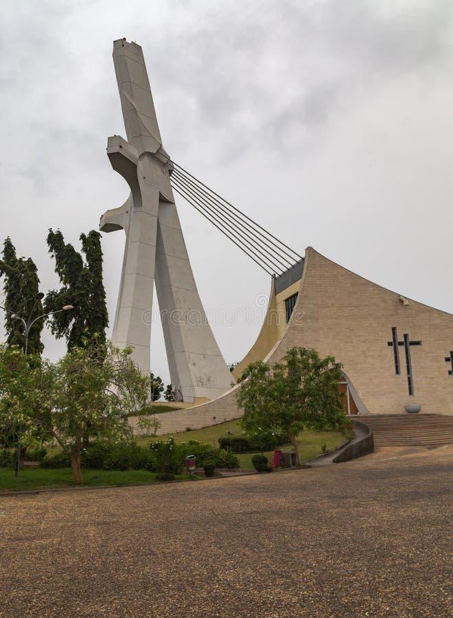 Vue de côté de ` Ivoire de St Paul Cathedral Abidjan Ivory Coast Cote d photo stock
