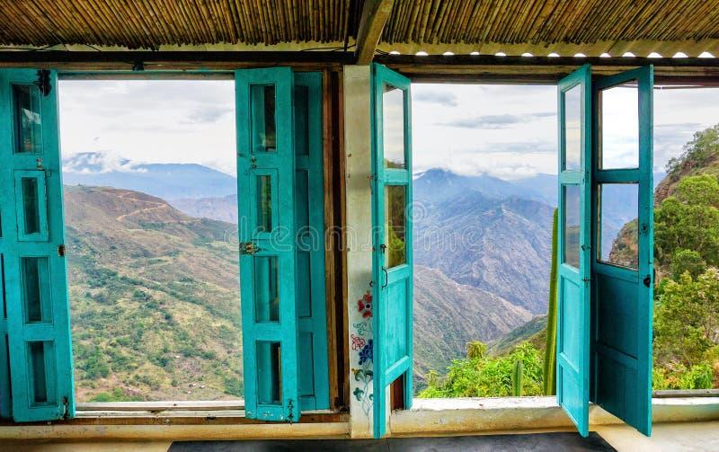 Vue de canyon de la fenêtre en Mesa de los Santos, Colombie images stock