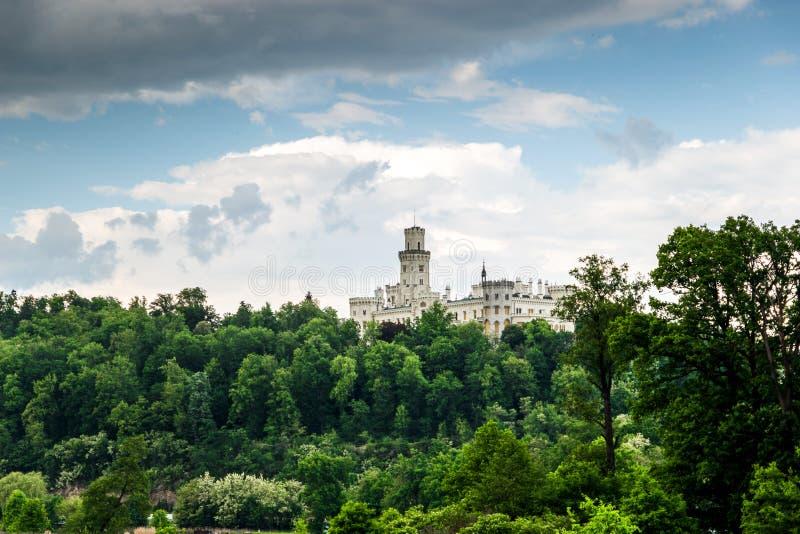 Vue de château Hluboka NAD Vltavou de la Renaissance photo stock