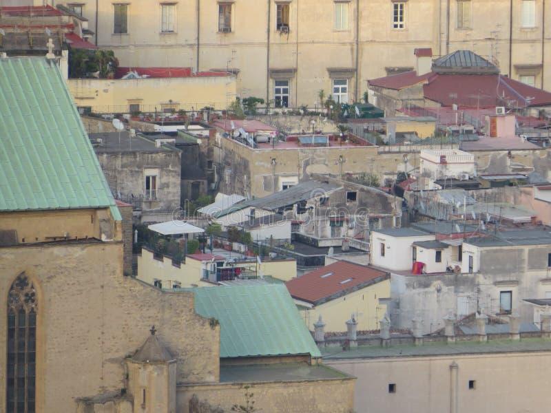 Vue de ci-dessus - toute la ville Naples, Italie photos stock