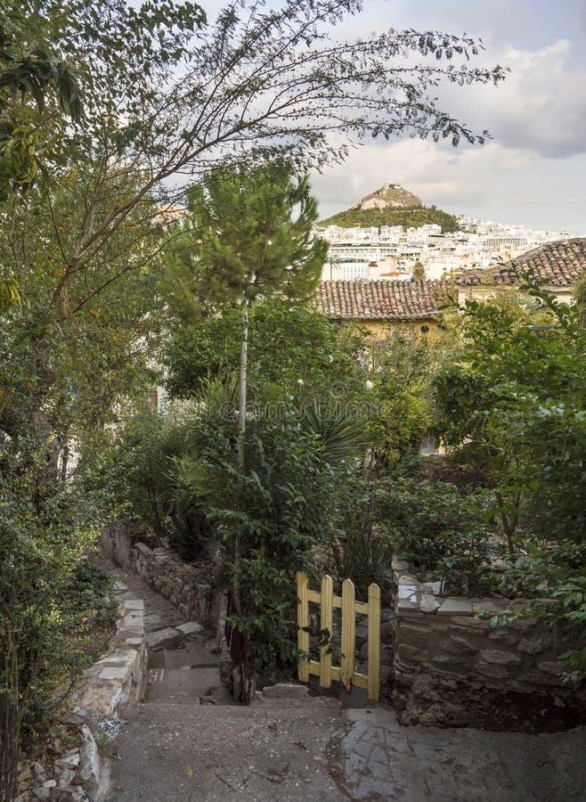Vue de colline de Lykavitos dans la ville d'Athènes, Grèce photographie stock