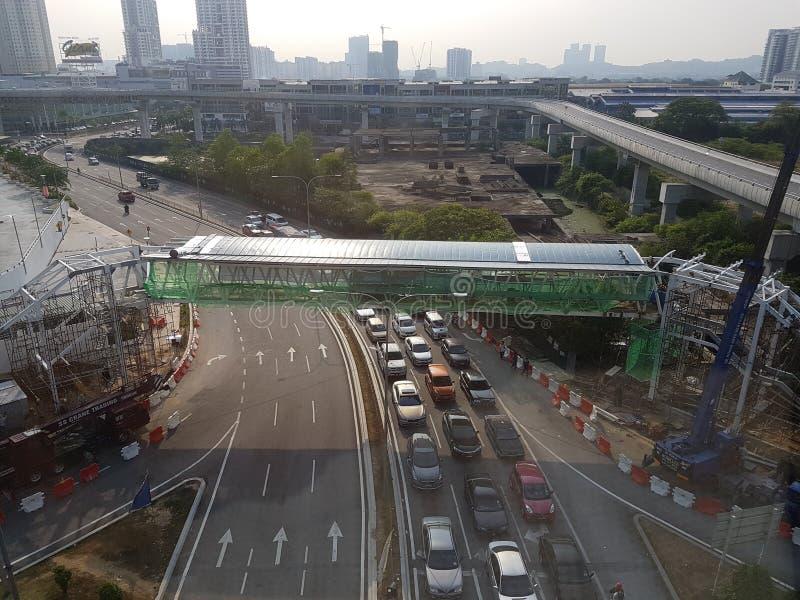 Download Vue De Construction De Pont De Fenêtre De Train De LRT Photo éditorial - Image du hommes, malaysia: 76084111