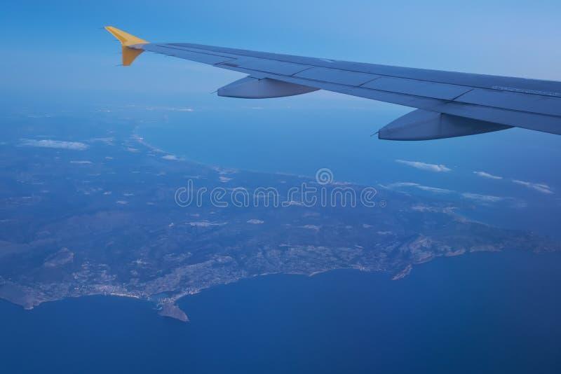 Vue de Costa Blanca de hublot plat image stock