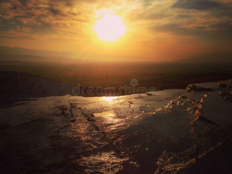 Vue de coucher du soleil dans Pamukkale, Turquie photo stock