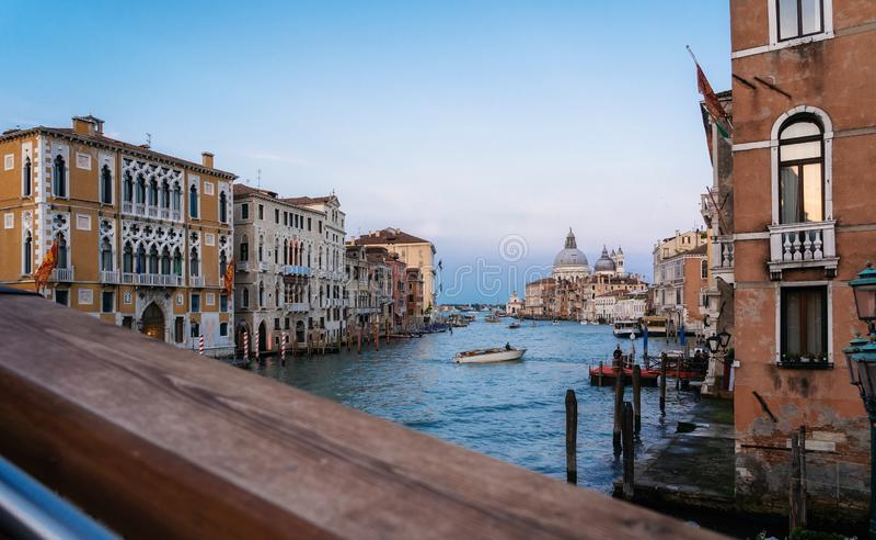 Vue de coucher du soleil de Grand Canal, Venise, Italie images stock