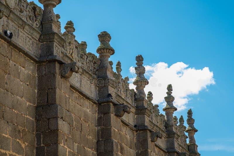 Vue de détail de balustrade de cathédrale d'Avila, Espagne image stock