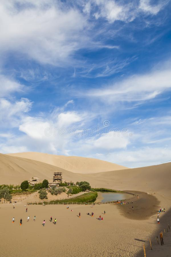 Vue de Dunhuang Crescent Moon Spring, Gansu, Chine photographie stock