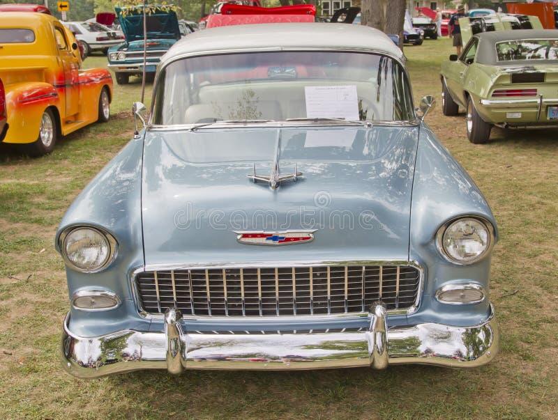 Vue de face 1955 de Chevy Bel Air photographie stock libre de droits