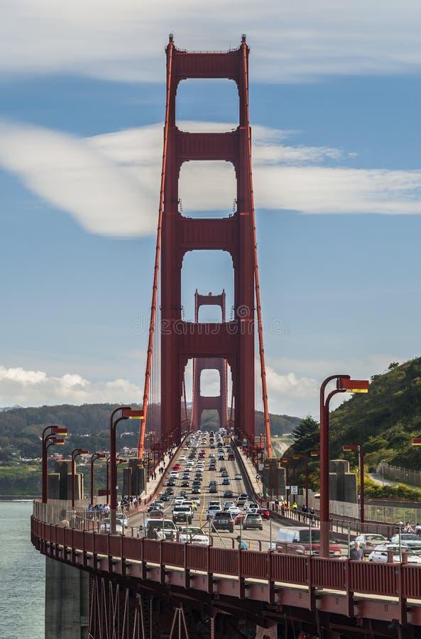 Vue de face de golden gate bridge photographie stock