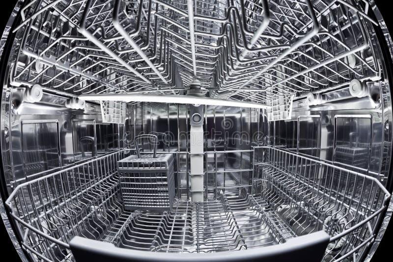 Vue de Fisheye de l'intérieur du lave-vaisselle image stock