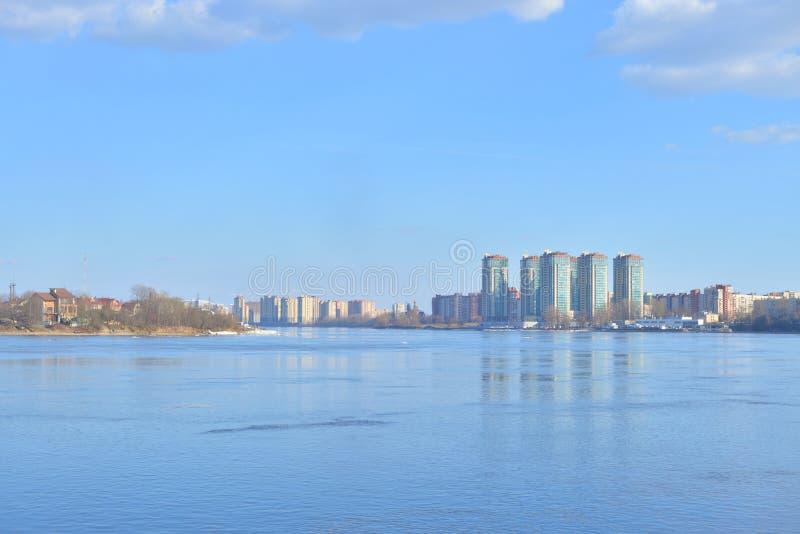 Vue de fleuve de Neva, St Petersburg photographie stock libre de droits